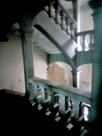Saint-Flour, Frankrike: Autre vue de l'escalier