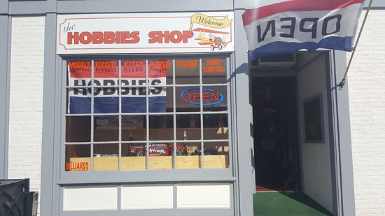‪The Hobbies Shop‬