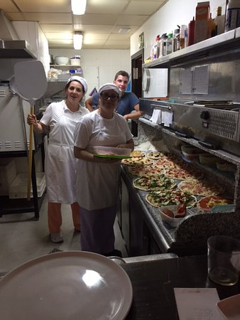 Fornalutx, Spain: offene Küche