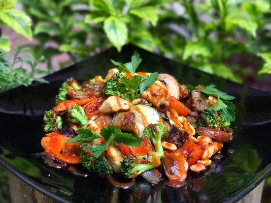 Chicken Sesame: Verduras a la plancha con pechuga de pollo, aceite ...