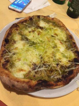 Sant'Agnello, Italy: Pizza al pistacchio