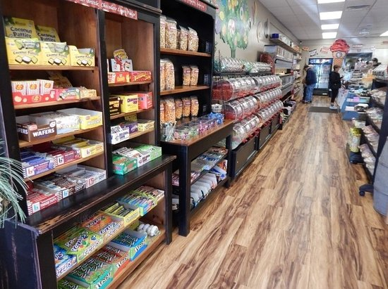Beloit, WI: Northwoods Premium Confections
