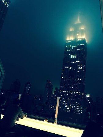 Roof Top Bar With View Of Empire State Building Picture