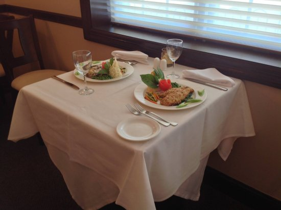 Iselin, NJ: Invite your loved on to have a romantic dinner and try our delicious food