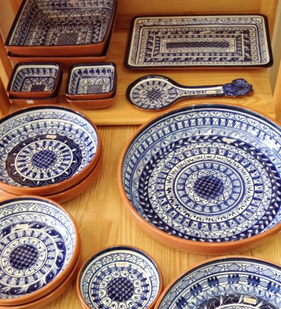 Casa Gineta Blue and white Portuguese Pottery handmade and handpainted & Sardines in ceramic handmade and hand painted in Portugal - Picture ...