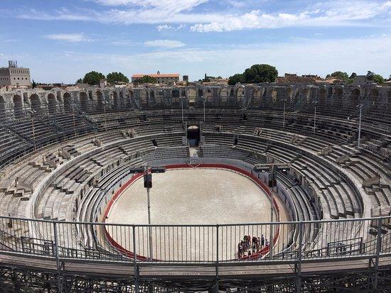 Hôtel du Forum : Roman amphitheatre