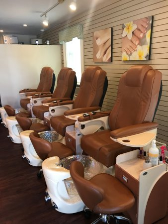 Nailtini Day Spa