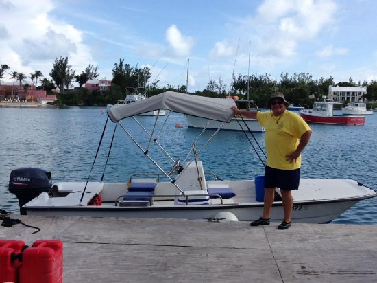 Sandys Parish, Bermudy: Small boat... Great Time (Great ride even in rough water!)