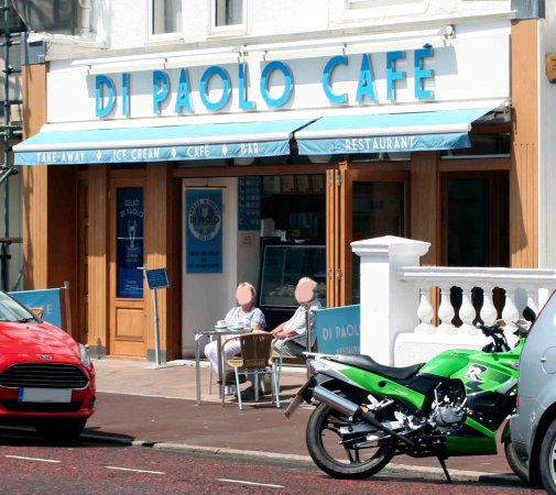 Bexhill-on-Sea, UK: Exteriror of the cafe