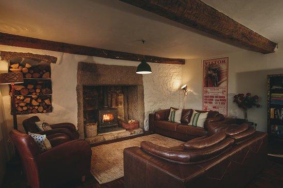Dunsford, UK: lounge