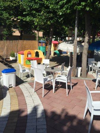 Color Metropolitan Village : photo0.jpg