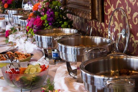 Sunset Green Bar & Restaurant: Mother's Day Buffet