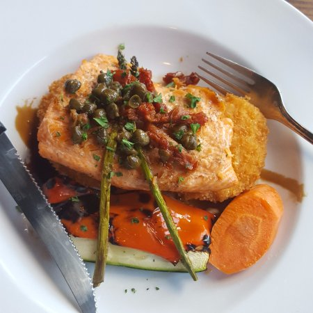 Rossland, Canada: Trout over risotto cakes w/ roasted veggies
