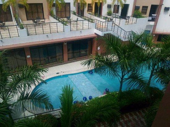 La Carmela de Boracay : one of the pools of La Carmela taken from my small balcony