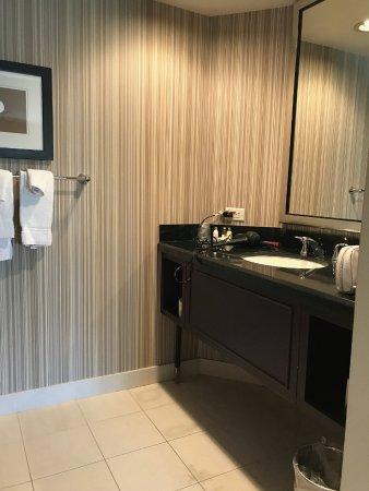 Inn of Chicago: One Bedroom suite
