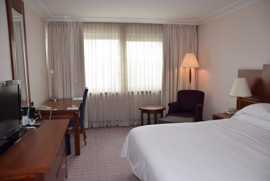 The Westin Zagreb: Standard king bed room