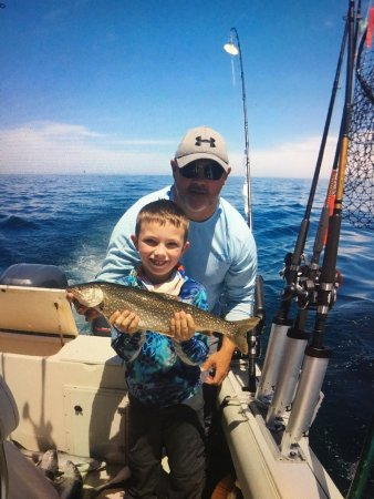 Why knot chicago fishing charters il arvostelut for Chicago fishing charters