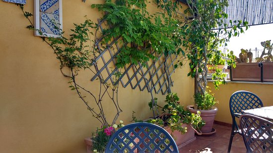 photo0.jpg - Picture of B&B Terrazze di Montelusa, Agrigento ...