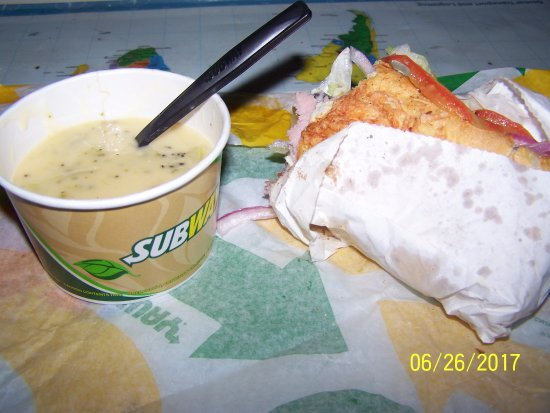 Montgomery, TX: Cup of soup 2/3 full and sandwich with one slice of Ham
