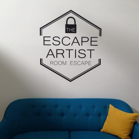 ‪Escape Artist Room Escape‬