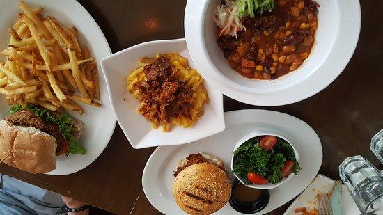 Grasshopper Restaurant: 20170614_121546_large.jpg