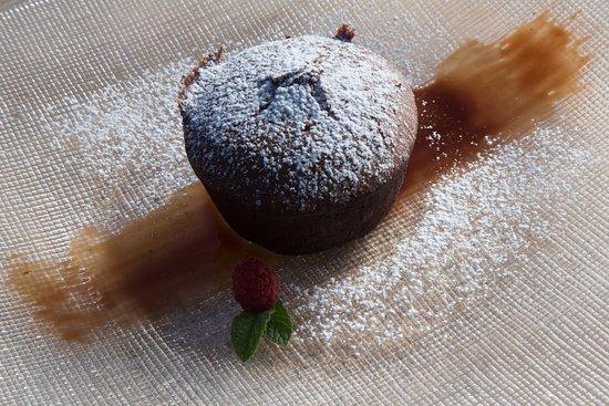Boccheggiano, Italy: tortino di cioccolato con cuore caldo