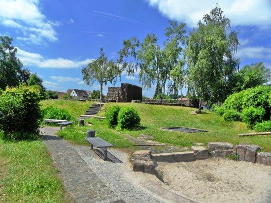 Burg Alsenborn