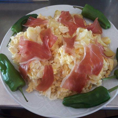 Cartajima, España: Restaurante El Mirador del Genal