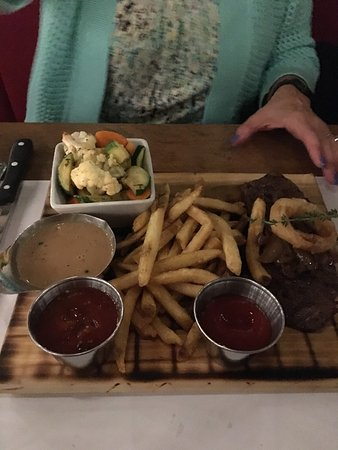 Rockville Centre, NY: Steak with Frites
