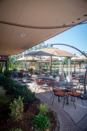 Richland, WA: Patio dining