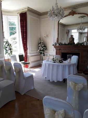 Beattock, UK: ceremony room