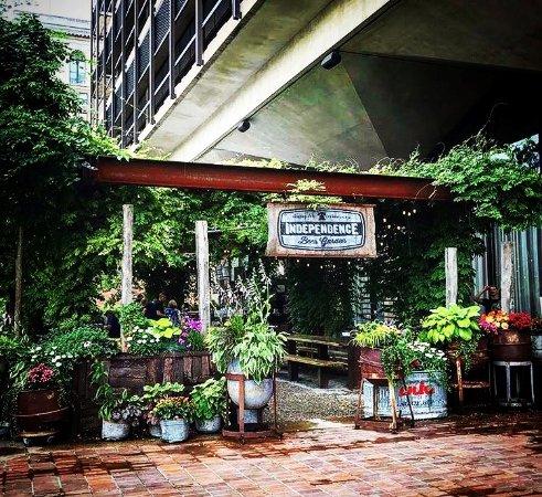 Independence Beer Garden, Philadelphia - Restaurant Reviews, Phone ...