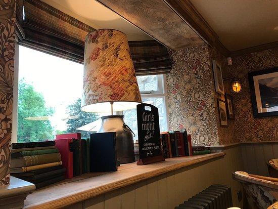 Marple, UK: Devonshire Arms