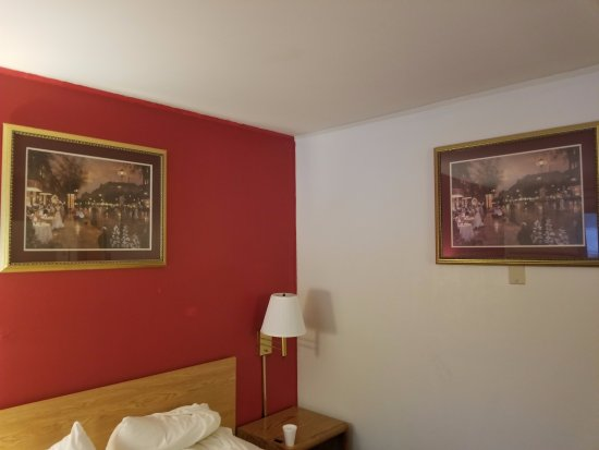 Red Wing, Миннесота: Artwork is odd...