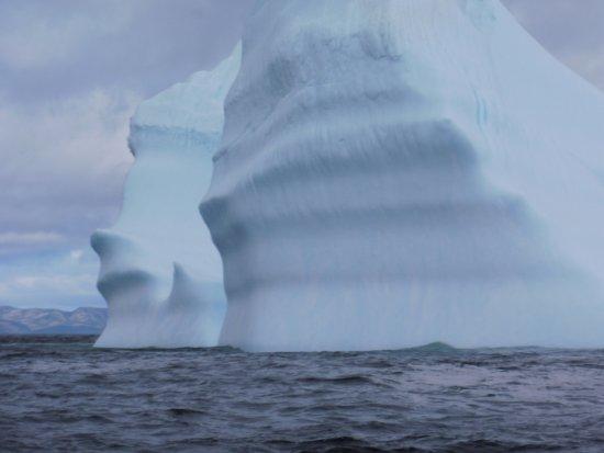 Trinity, Canada: Gigantic iceberg