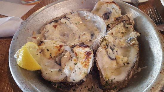 Spanish Fort, AL: baked oysters