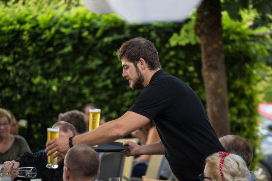 Restaurant Schwarzbrünneli: Der Chef in Aktion.