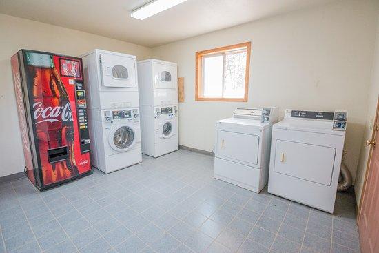 Newcastle, WY: Laundry