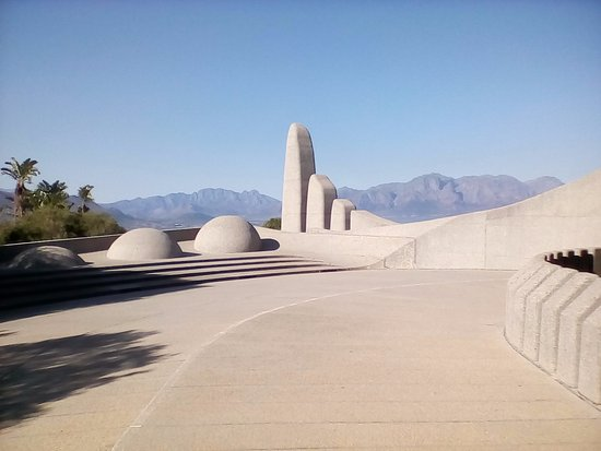 Paarl, South Africa: Monument