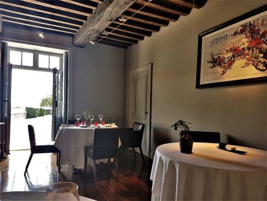 Colombey-les-deux-Eglises, Γαλλία: Salle du restaurant