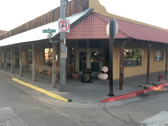 Mancos, CO: Street view of the gallery!