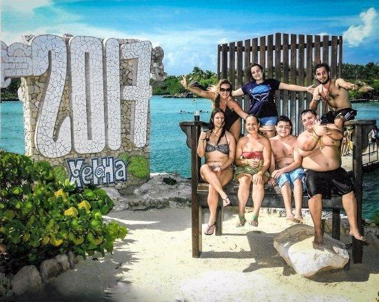 Riviera Maya, Mexico: Familia Rimain Tours no Parque Xel-Ha