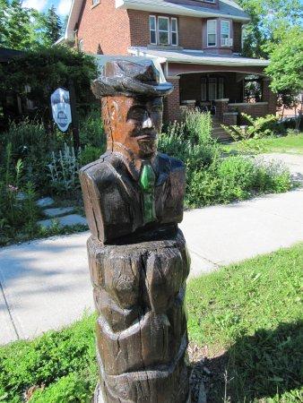 Orangeville, Canada: Alexander Dunlop McKitrick Sculpture