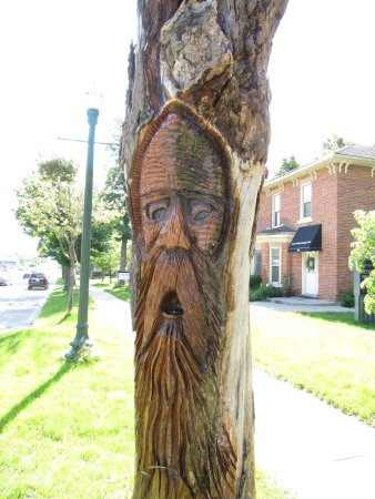 Orangeville, Canada: Tree Spirit Sculpture