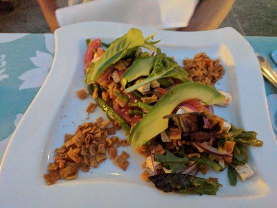 Casa del Mar Golf Resort & Spa: The nopalitos salad was superb!