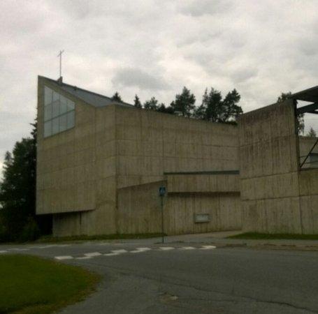 Huutoniemen kirkko