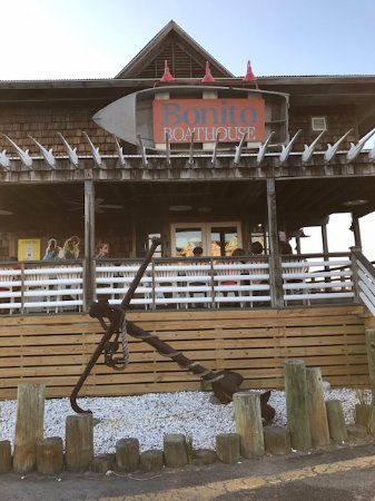 Fripp Island, Carolina del Sur: Great restaurant with seafood, steaks, chicken, and more!