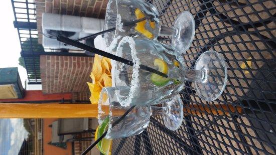Chambersburg, Pensilvania: Margarita Monday $2 margaritas