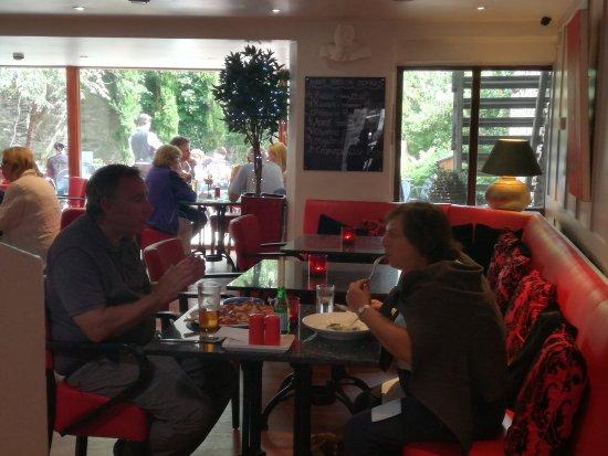 Kirkby Lonsdale, UK: Avanti