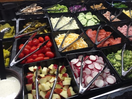 Gaylord, MI: Brand new salad bar with tons of items!